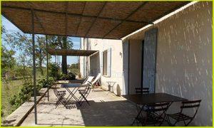 Aménagement extérieur : terrasse gravier